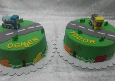 ketering beograd 1496664574_tmp_D42-400x284 Dečije torte