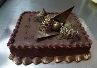 ketering beograd 1499271691_tmp_S3-400x284 Svečane torte