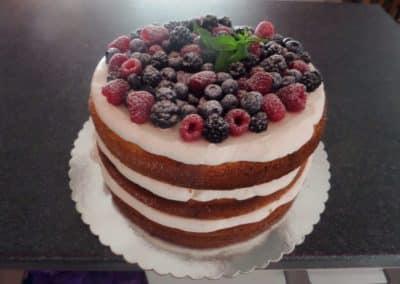 ketering beograd 1499273167_tmp_S29-400x284 Svečane torte