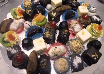 ketering beograd L7-400x284 Sitni kolači